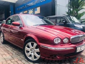 JAGUAR X-TYPE BRAND NEW (UK) 2004